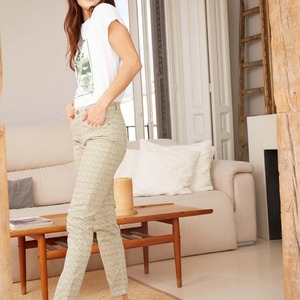 Casual Oliva🌿🌼 Preparing the summer🌞🌱  #dandara_spain #casual #models #modaespañola #pantalones #details #ss21